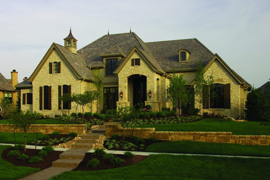 Custom Luxury Estate Home Builder -  Ashner Construction Company, INC. Our innovations are tomorrow's standards. Call Ashner Construction to build your custom home (913) 685-3101.