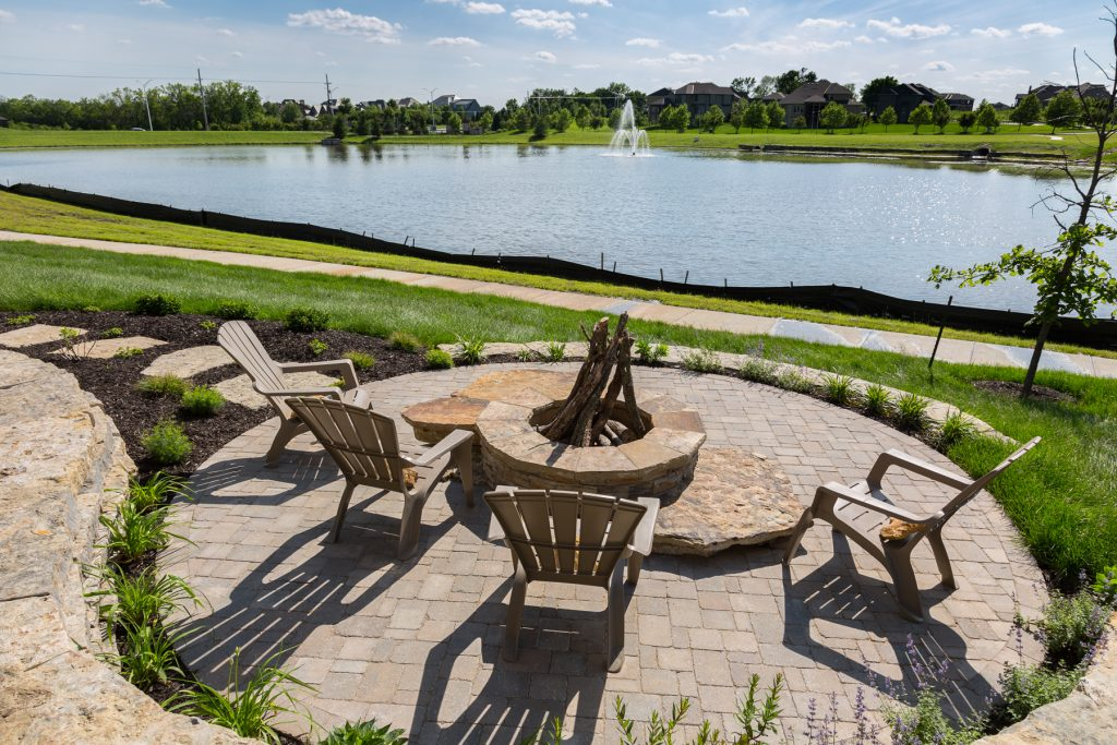 Outdoor living spaces Ashner Construction Company - Custom Home Builder - Home Builder - Luxury Home Builder